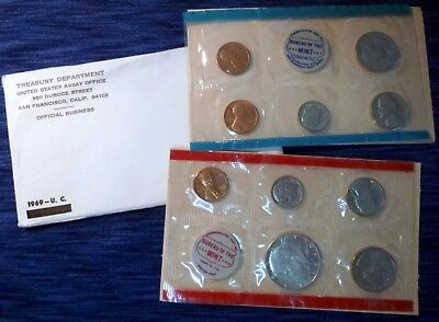 1969 U.S. Mint Uncirculated Set w/ 40% Silver Kennedy with Original Envelope