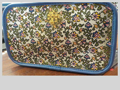 5a6ddc252a53 TORY BURCH FLORAL Cosmetic Case -  39.95