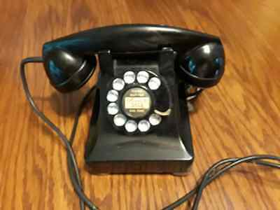 Vintage Bell System Made by Western Electric F1 Rotary Desk Telephone Heavy Bake