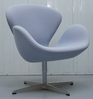 Magnificent Rrp 3263 Fritz Hansen Swan Swivel Armchair Designed By Arne Bralicious Painted Fabric Chair Ideas Braliciousco