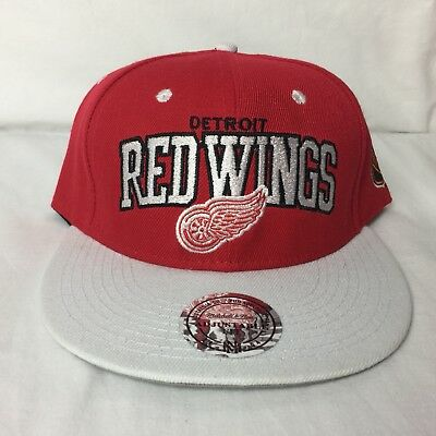 the latest 04cba 88360 Mitchell   Ness NHL Vintage Hockey Snap Back Hat Ball Cap Detroit Red Wings  NEW
