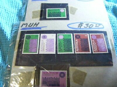 Australia  LOT of 1971 Xmas stamps Mint Never Hinged 7 stamps,6 diff.