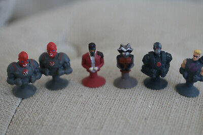 Comic Book Heroes Marvel Mania Micropopz Super Heroes Complete Set Of 16 Action Figures
