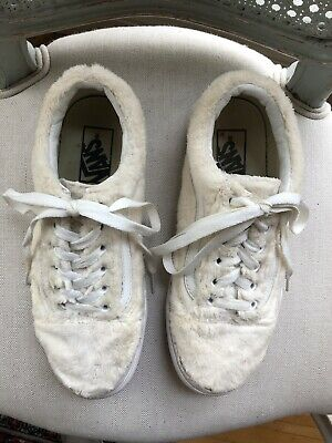 d96cc56b7b8c Vans Old Skool Sherpa Turtledove Off White Women s 7.5 Skate Shoes Excellent