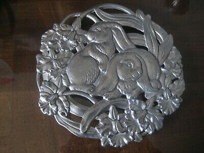 "BEAUTIFUL Arthur Court Bunny Rabbit EASTER Flower TRIVET 8"" Floral 1995"