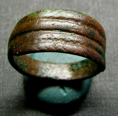 Ancient Bronze Ring (D1.7).