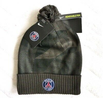 13cbba5592e32 NIKE PSG PARIS SAINT GERMAIN FOOTBALL BOBBLE BEANIE HAT Pompom Toque Tag