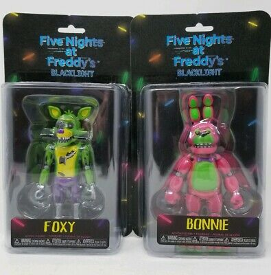 FIVE NIGHTS AT FREDDYS BLACKLIGHT ACTION FIGURES w/ FOXY and BONNIE