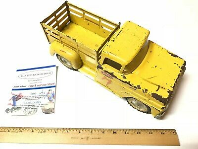 VINTAGE 1960 TONKA TOYS PICKUP TRUCK-Repainted no windshield