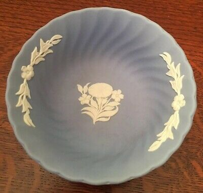 Wedgwood Pale Blue Jasperware Small Scalloped Floral Pattern Bowl