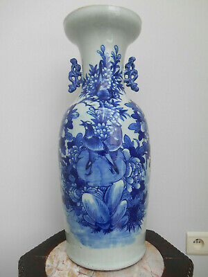 Large antique B/W Chinese vase with a decoration of birds & flowers - 19th cent.