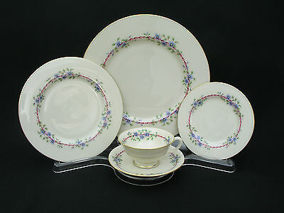 Lenox China - Belvidere S-314 - 5 Pc. Place Setting (S) - Mint Condition - U.s.a