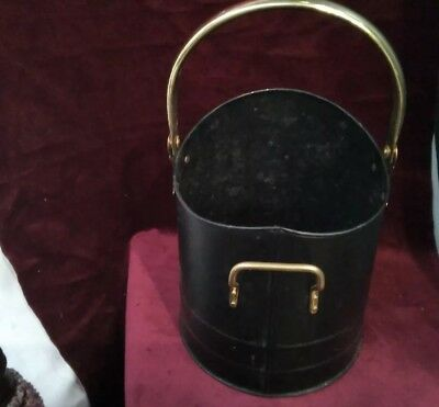 Black Metal And Brass Handled Coal Bucket Log Skuttle Fireplace Decor
