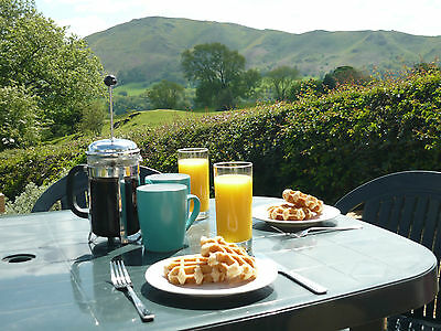 LUXURY HOLIDAY COTTAGE May/June Fantastic location - sleeps 6 & pets