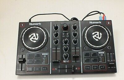 NUMARK PARTY MIX -  Mini DJ Controller With Built in Light Show