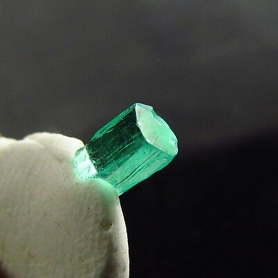 0.65 ct AWESOME Natural Colombian Emerald Uncut Crystal Facet Rough Gemstone