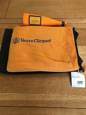VEUVE CLICQUOT THROW OR PICNIC BLANKET NEW IN  BAG With  Bottle Cover