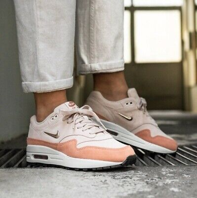 brand new 830a7 d786c Women s Nike Air Max 1 Premium SC Sneakers size 9