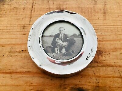 1919 Sterling Silver Photograph Frame London Hallmarks 6cm Diameter
