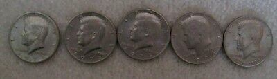 Lot of 5 Kennedy Half Dollars 1971 to 1974 +1 bicentennial 1776-1976