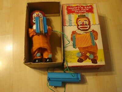 1960s Yone Happy & Sad Magic Face Accordion Playing Clown Battery Operated Toy