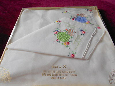 Beautiful Vintage Boxed Set Of 3 Embroidered Cotton Handkerchiefs