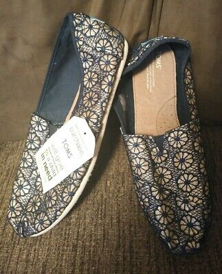 b1eb7ec4eaa Toms Gold Navy Crochet Glitter Womens Size 9 Classics Shoes Style 10006140