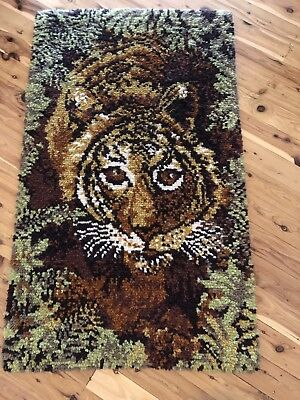 Vintage tapestry wall hanging tiger wool loom rug matt