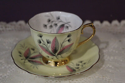 Lovely Royal Albert Pale Yellow Tea Cup And Saucer Leaf Pattern Gold