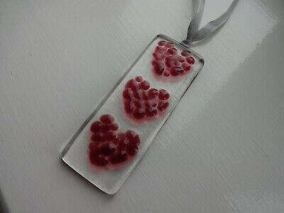 Handmade fused glass small suncatcher 3 pink hearts on silver ribbon