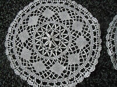 Beautiful Pair Of Vintage Hand Made Lace Table Mats