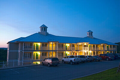 Holiday Hills Ozark Mountain Resort, Annual Use Timeshare - Kimberling City, MO