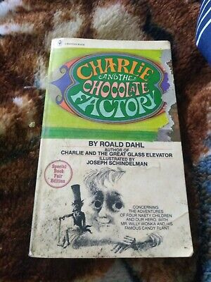 Charlie and the chocolate factory by roald dahl Illustrated By Joseph...