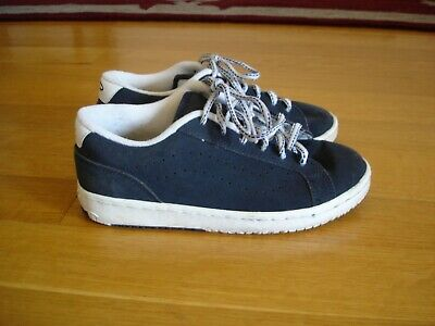 VANS Vintage Women's Blue/White Suede Lace-Up Sneakers (Size 6) in VG Cond.