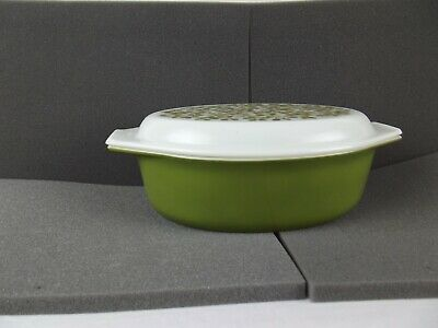 Pyrex Oval Casserole 2.5 Quart Olives Berries Verde Avacodo Green With Lid 045