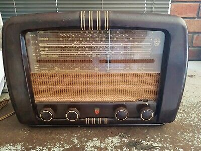 Philips Model 124 Tube radio