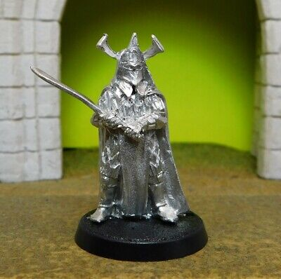 AMDUR LORD OF BLADES - Lord Of The Rings Metal Figure(s)