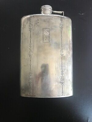 ART DECO Sterling Silver WALLACE  6x5 FLASK WALLACE 3/4 Pint Marked. Weighs 257g