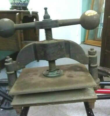 Antique cast iron bookbinding  press with hand crank