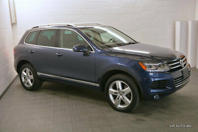 2011 Volkswagen Touareg 4dr TDI Lux Volkswagen Touareg TDi Luxury Panoramic Roof Heated Seats Hitch Rearviw Camera