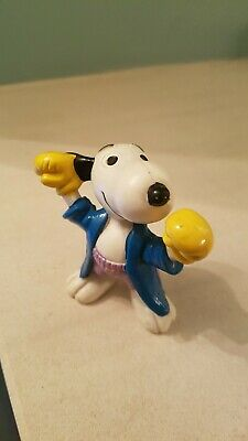 Snoopy Figurine Vintage 1958 '66 United Feature Hong Kong Boxing / Boxer