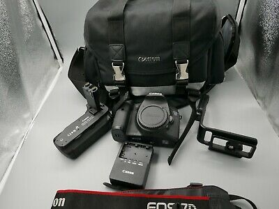EXC+ Canon EOS 7D DSLR camera w/ 2 Batteries, Charger, Grip extras!