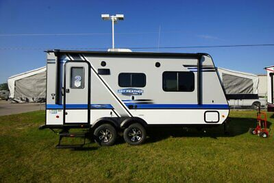 Spring Blowout Clearance Rollback New 2018 Jayco X19H Hybrid Travel Trailer