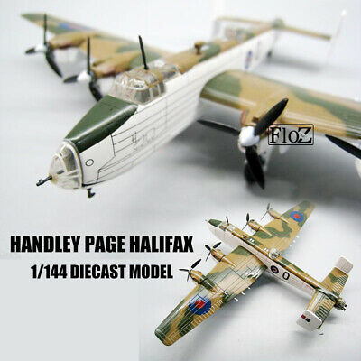 BOMBERS of WWII Handley Page Halifax Atlas 1//144