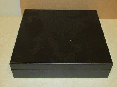 Vintage Black Cigar Box Humidor to Hold you Best Cigars VF