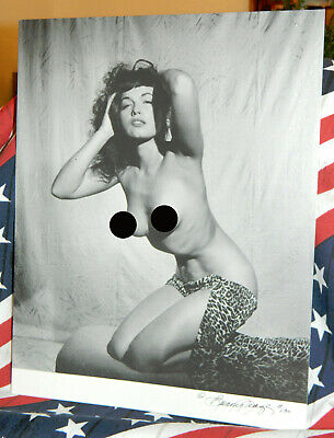 Bunny Yeager Signed Bettie Page Photo Ltd Ed #130 11 X 14