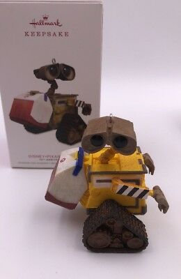 Hallmark x Disney Keepsake 2018 Disney Pixar Wall-E 10th Ornament (L1)
