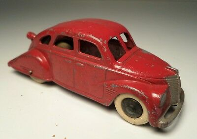 Vintage 1937 Tootsietoy Red Lincoln Zephyr # 6015