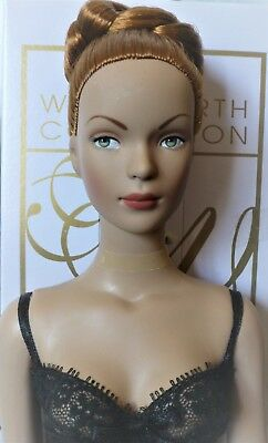 """Tyler Wentworth Tonner READY TO WEAR GLAMOUR 16"""" Fashion Doll RED Ginger Hair"""