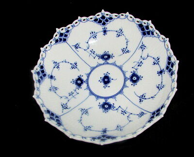 Royal Copenhagen Blue Fluted Full Lace Round Cake Plate Serving Bowl 1018